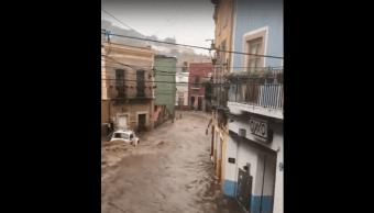 Presa Desborda Olla Guanajuato Lluvia Calle