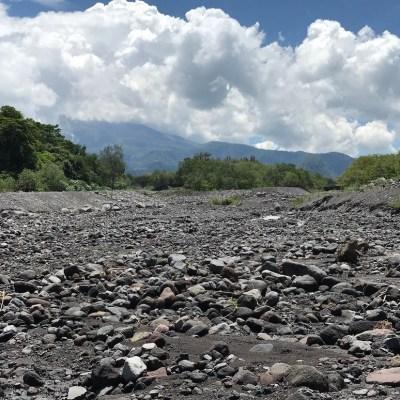 Caen los primeros lahares en la zona volcánica de Colima y Jalisco