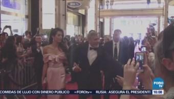 #LoEspectaculardeME: George Clooney y su esposa donan 100 mil dólares para ayudar a niños migrantes