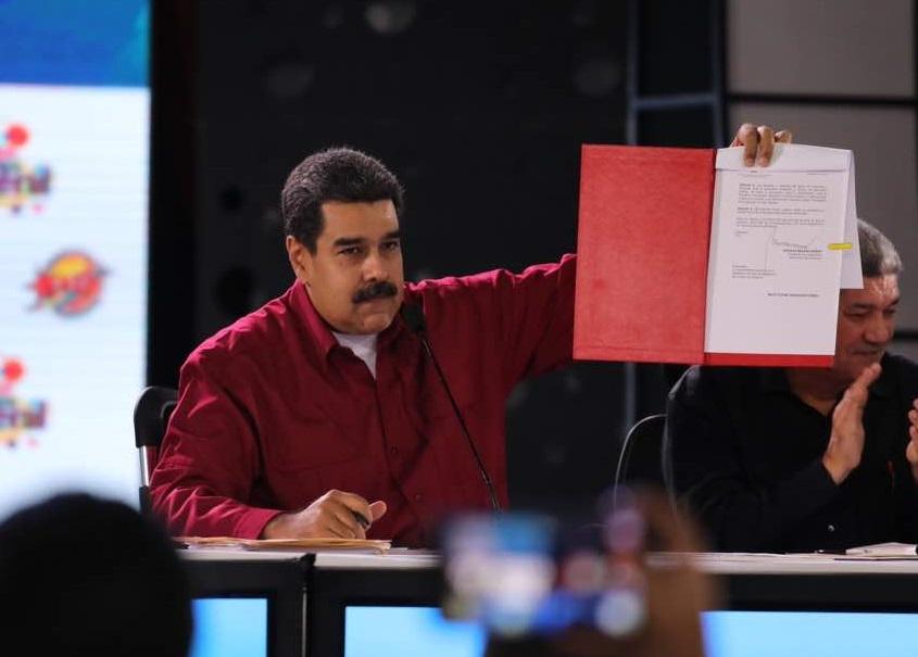 Maduro sube salario mínimo 65 dólares mensuales Venezuela