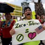 Manifestantes en Texas exigen a Trump reunir a niños con padre