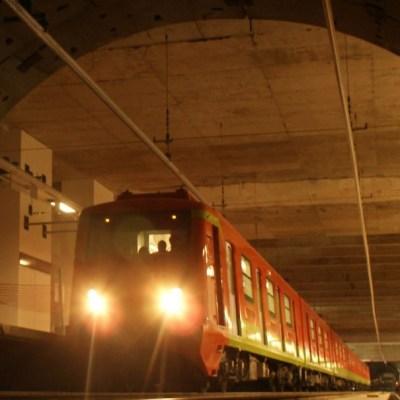 Niño cae a vías de la Línea 3 del Metro, CDMX
