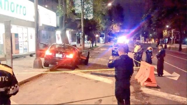 Mueren dos personas por choque en Barranca del Muerto