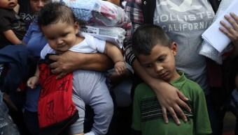 Pentágono planea alojar a 25 mil inmigrantes en sus bases