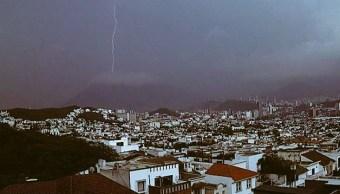Onda tropical 8 provocará tormentas eléctricas