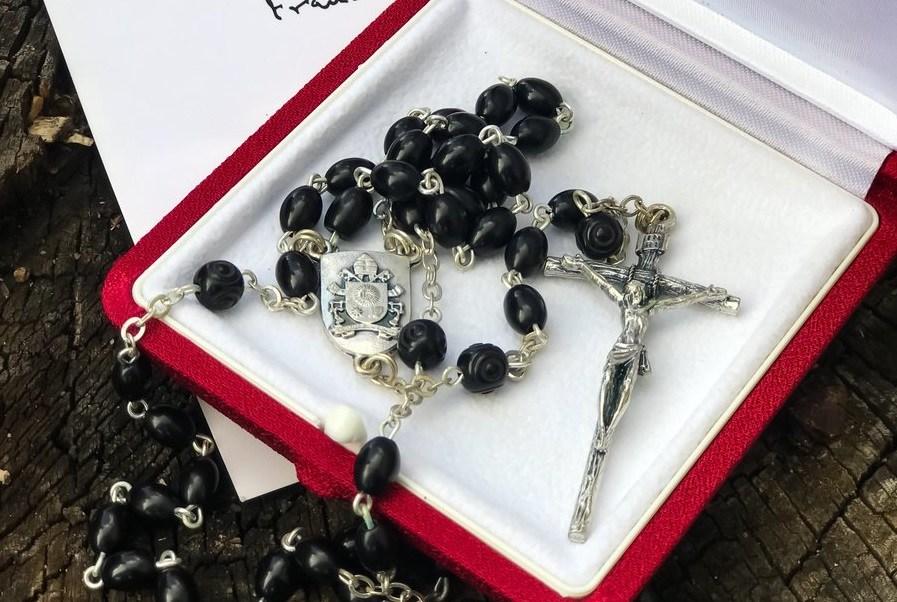 Papa Francisco envía rosario prisión Lula da Silva