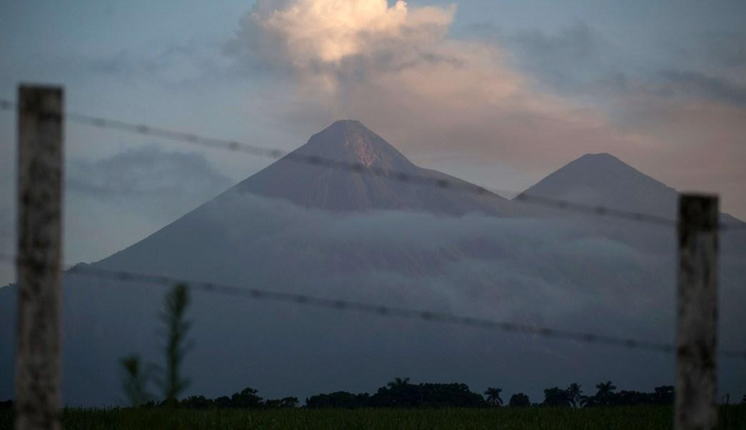 Patrulla PNC arrastrada río Volcán Fuego Guatemala