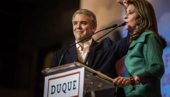 Peña Nieto felicita a Iván Duque, presidente electo de Colombia