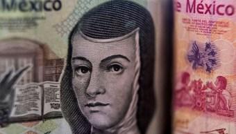 Peso mexicano extiende ganancias, BMV recupera pérdidas