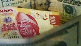 Peso mexicano recupera terreno, dólar a 20.63