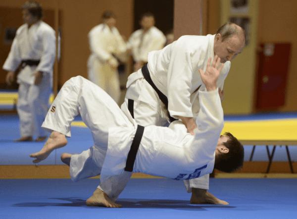 Putin durante una competencia de Judo en Rusia. (AP, archivo)