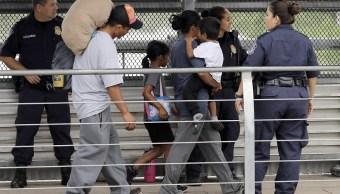 Revelan que 500 niños migrantes regresaron sus familias