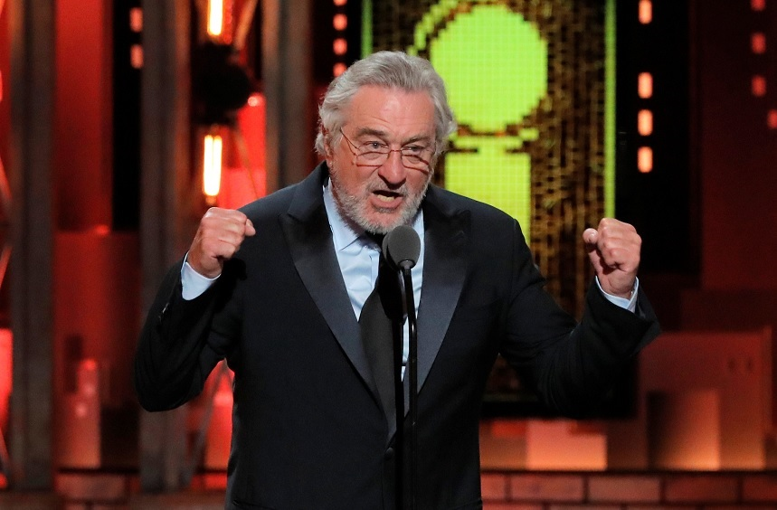 Robert de Niro insulta a Trump y ovacionado Premios Tony