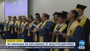Gradúan Diplomado 27 Adultos Mayores Nuevo León