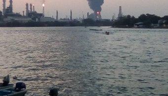 Sofocan incendio en refinería de Minatitlán, en Veracruz