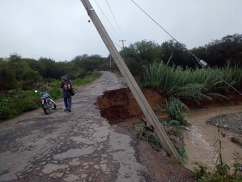 Lluvias intensas de Carlotta causan inundaciones en Tehuacán, Puebla