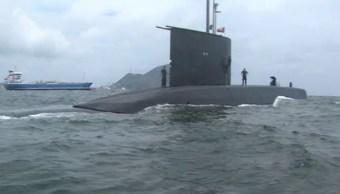 Submarino chileno visita costas de Manzanillo, Colima