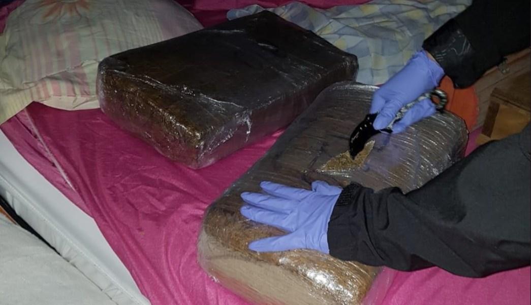 PGR asegura droga y cartuchos útiles en Tláhuac; hay tres detenidos
