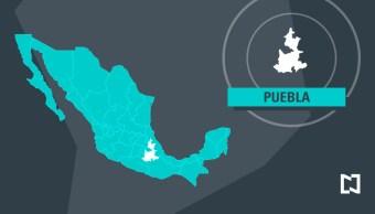 Tráiler esquiva hundimiento y se impacta en la México Puebla
