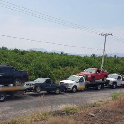 Detienen a 11 personas con vehículos robados, armas y droga en Michoacán
