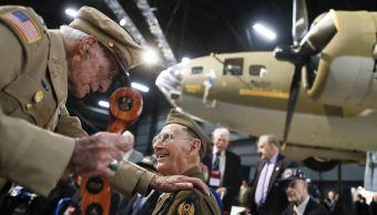 Cámara de EU aprueba propuesta de gastos para veteranos