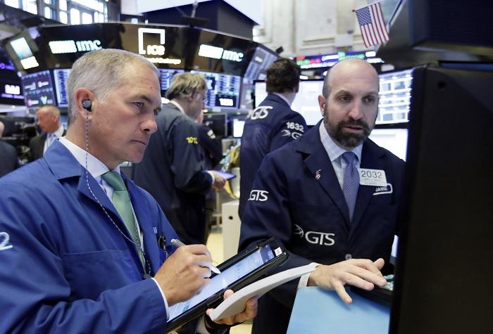 Wall Street cierra mixto y Dow Jones retrocede