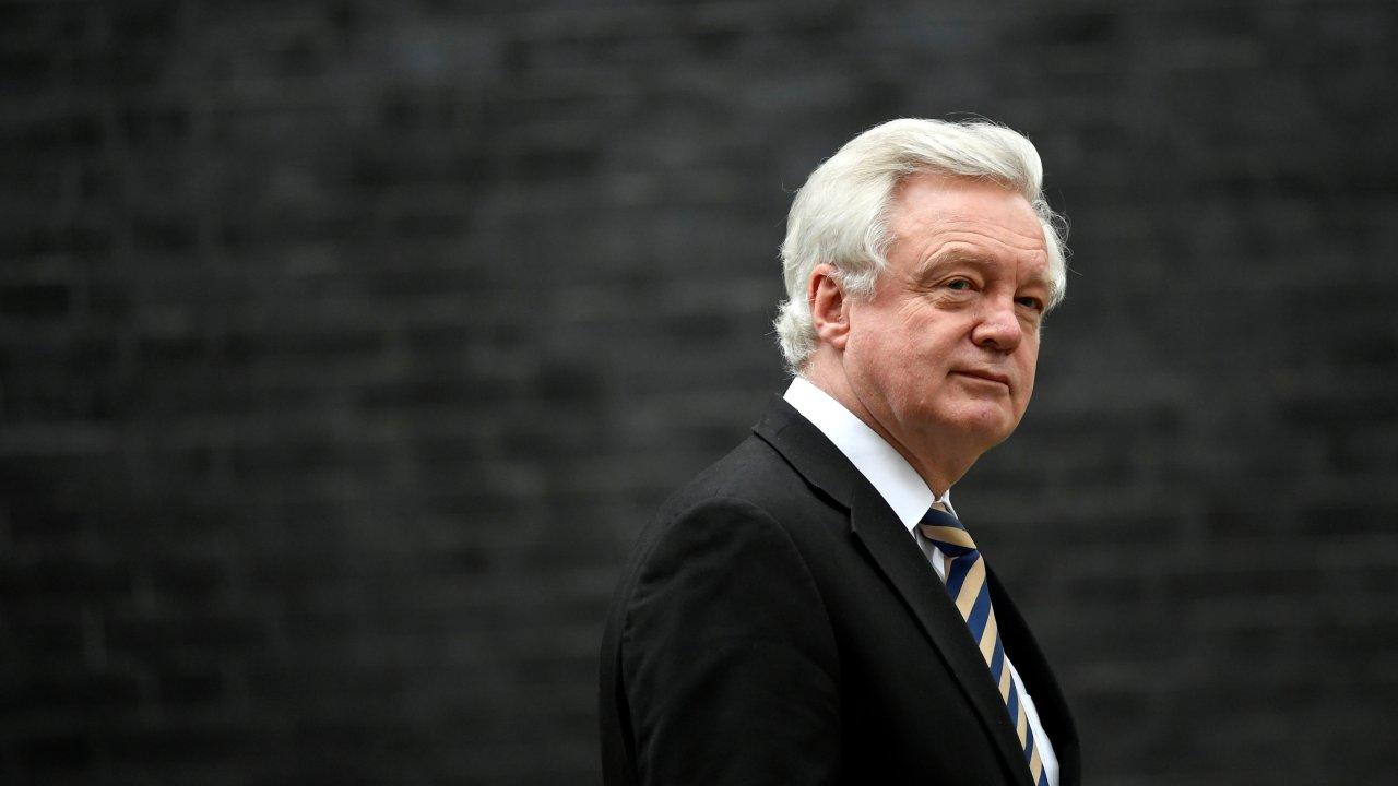 ministro brexit dimite desacuerdo plan theresa may