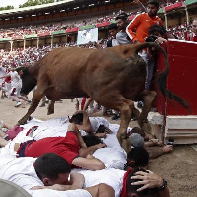 Séptimo encierro de San Fermín: Peligroso, veloz y con un herido por asta