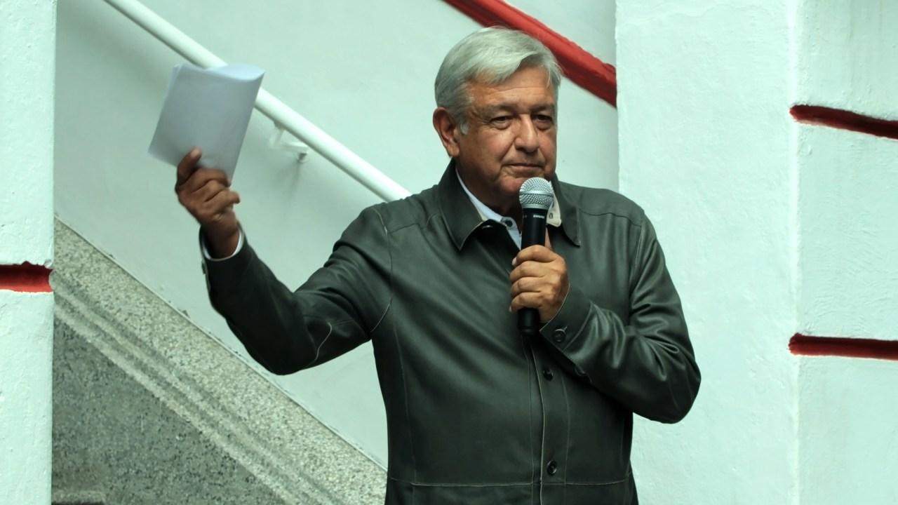 amlo anuncia que ganara 108 mil pesos mensuales