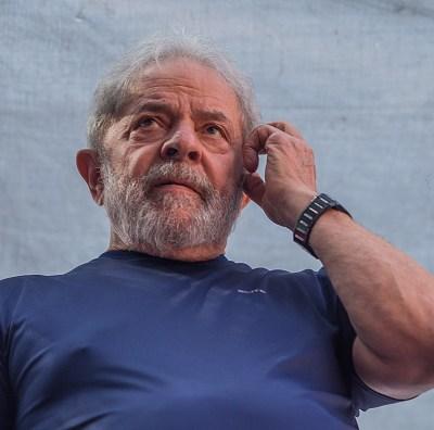 Juez de Supremo de Brasil suspende autorización a Lula para conceder entrevistas
