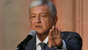 López Obrador anuncia proyecto para nuevas refinerías, se reúne con Ebrard