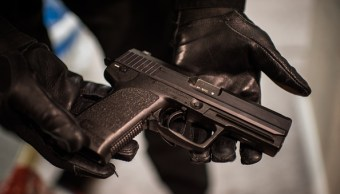 Procesan a cinco hombres por portación de arma de fuego