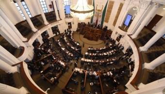 Asamblea Legislativa pide clausura de plaza Artz