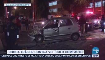 Auto Choca Contra Tráiler Calzada Guadalupe Cdmx