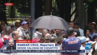 Autoridades reciben a comisión de manifestantes en calzada Chivatito, CDMX