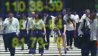 Bolsa de Tokio cierra con pérdidas, en línea con Shanghái