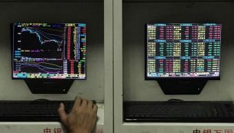 Caen Bolsas de China ante bajo crecimiento económico