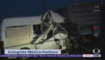 Choque de transporte público en México-Pachucha 12 muertos