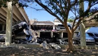 Colapsa estacionamiento en Irving, Texas; no hay heridos