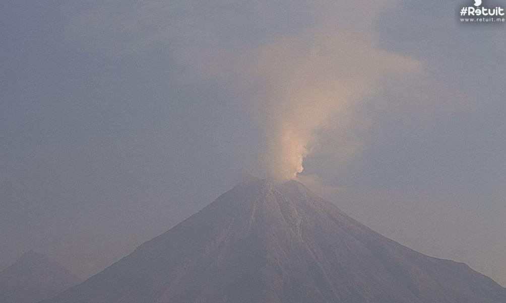 Reportan tres nuevos lahares en zona volcánica de Colima