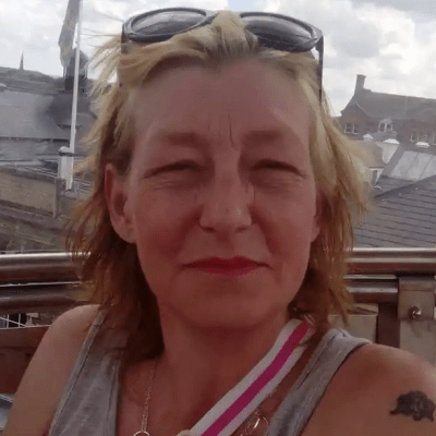 Policía británica investiga como asesinato la muerte de mujer intoxicada con Novichok