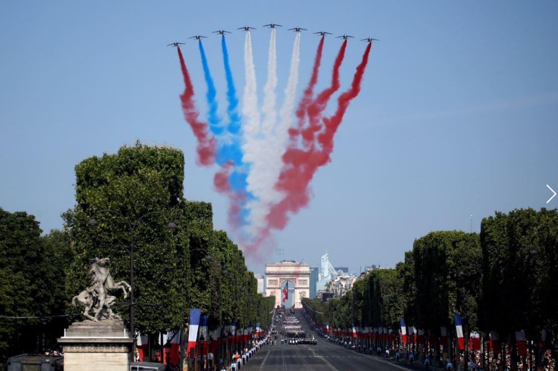 París enloquece con los campeones del mundo