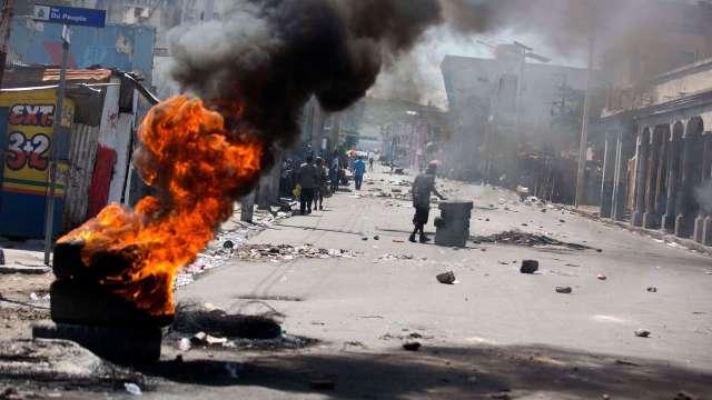 Haití se paraliza con huelga contra aumento al precio de la gasolina