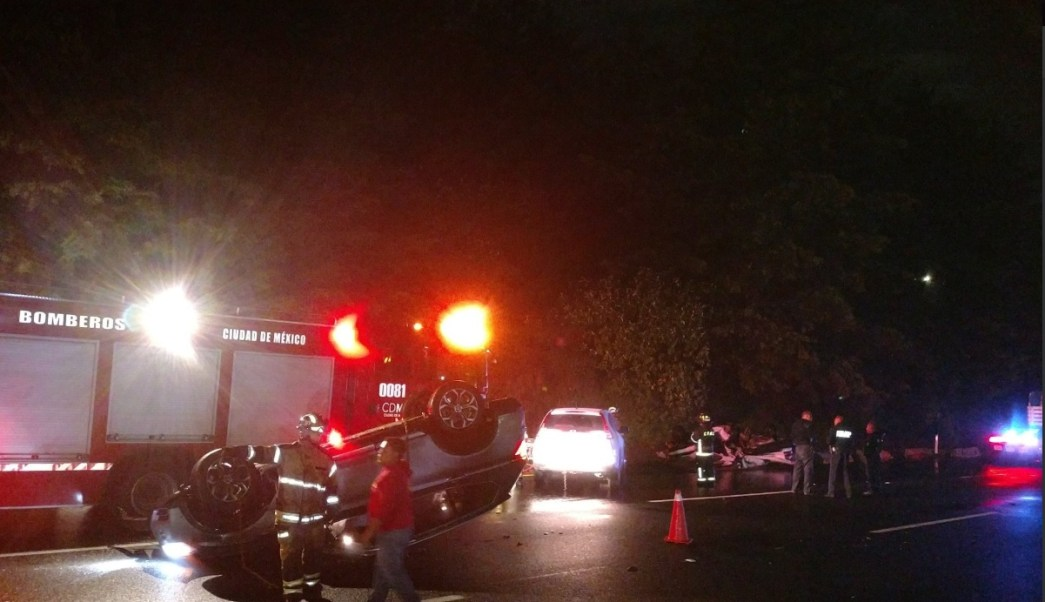 Lluvia provoca dos accidentes en Santa Fe, CDMX