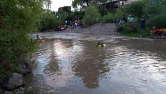 Dos menores mueren ahogados en río de Colotlán