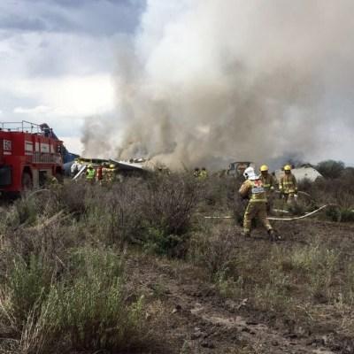 Peña Nieto instruye a Sedena, Segob y SCT atender accidente aéreo en Durango
