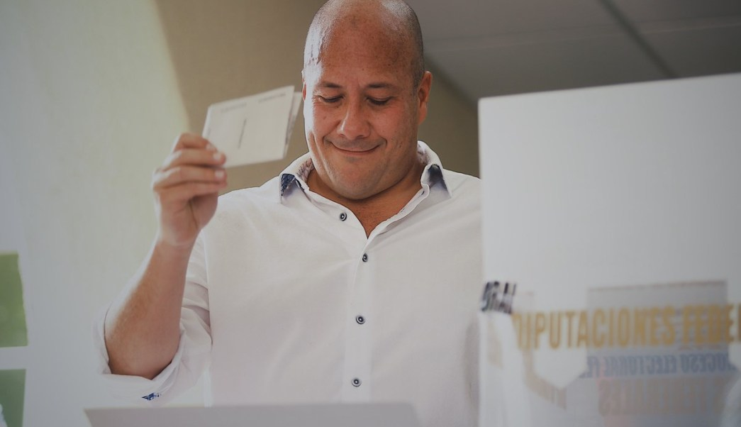 Enrique Alfaro gana la gubernatura de Jalisco