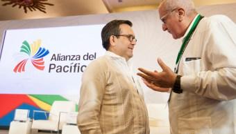 Equipo de AMLO participa en cumbre de Alianza del Pacífico