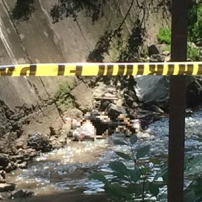 Descubren un cadáver en aguas negras de canal en Naucalpan, Edomex