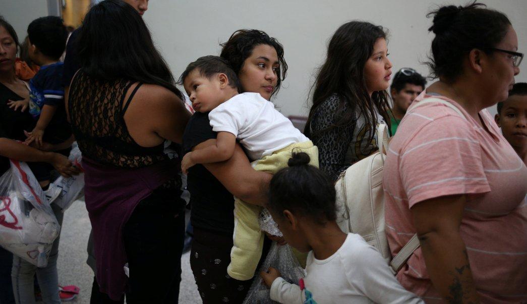 Juez Estados Unidos plan reunificación familias migrantes